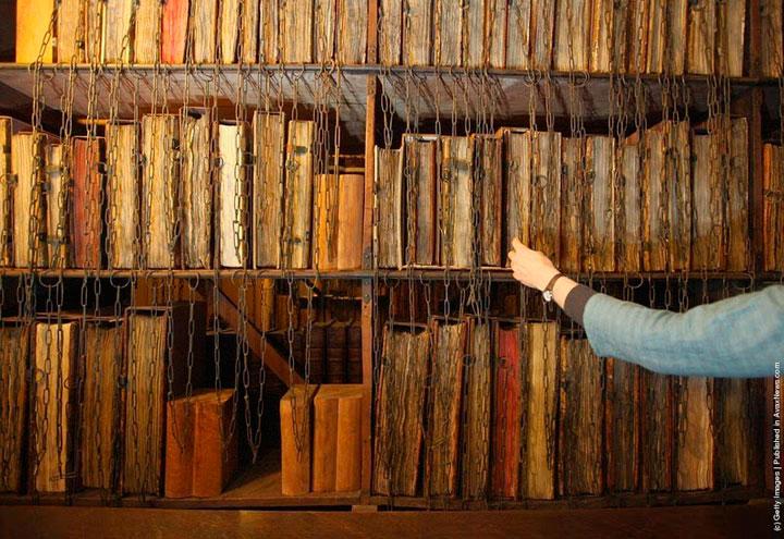bibliotecas-libros-encadenados