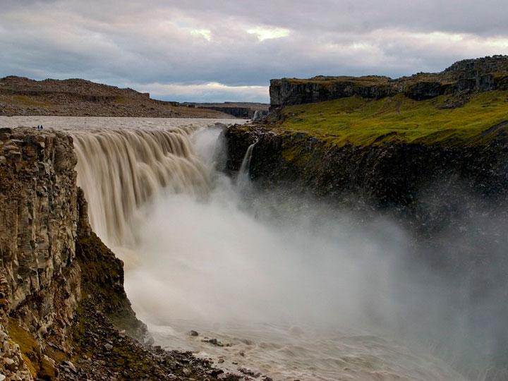 cascada-islandia-abrumadora