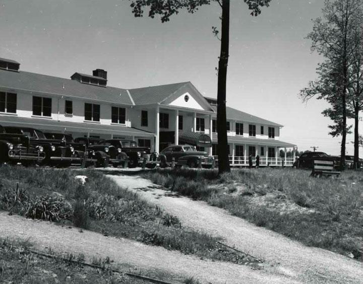 hotel-alexander-inn-oak-ridge-atomica