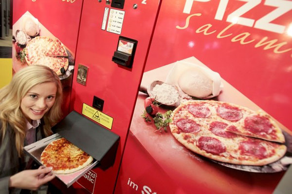 maquina vending pizza caliente