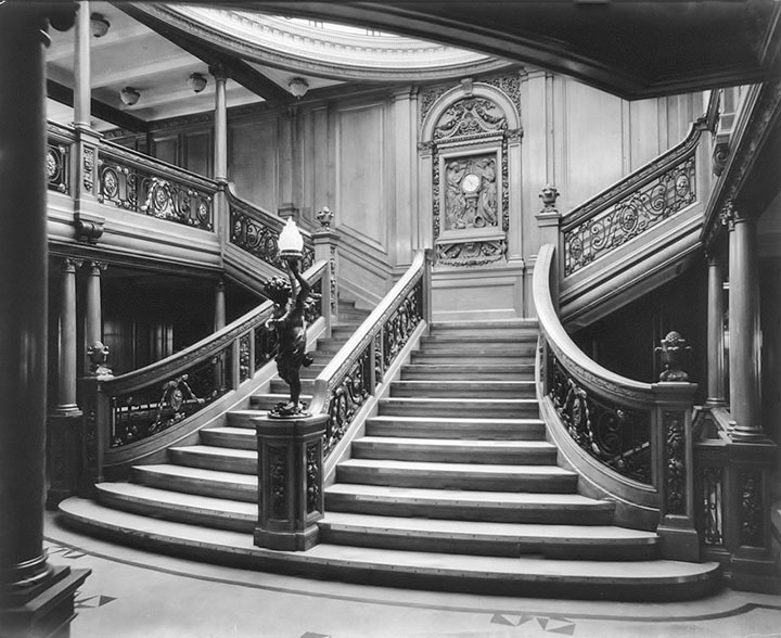 original-titanic-escalera-central