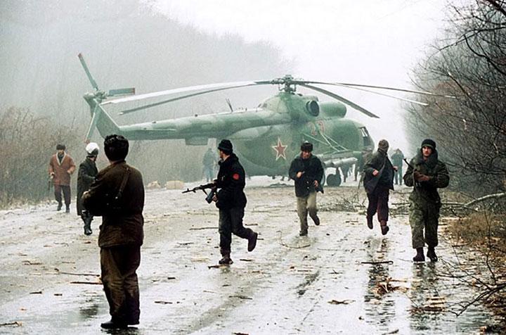 rebeldes-chechenos-abaten-helicoptero-ruso