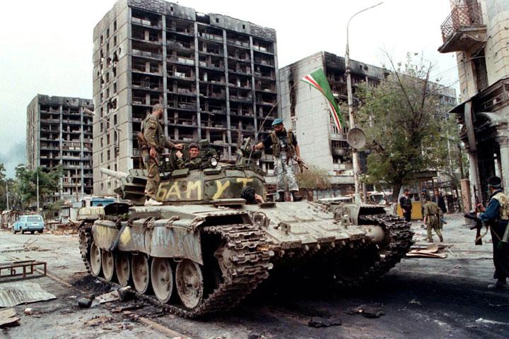 rebeldes-chechenos-recuperan-ciudad