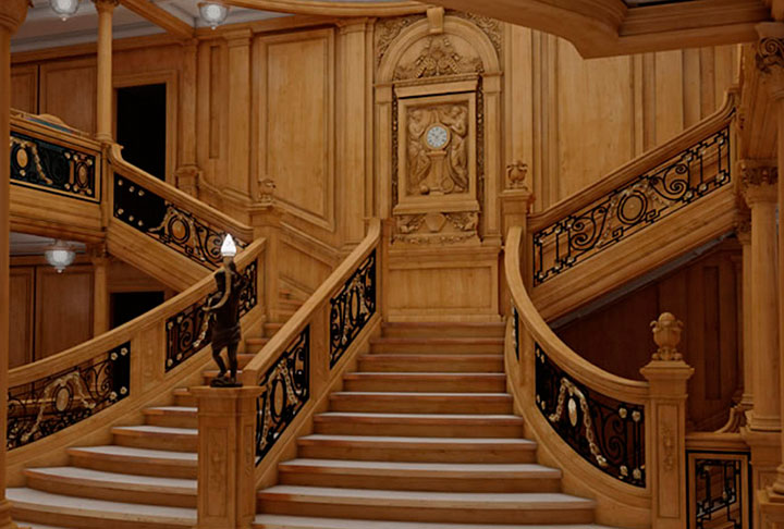 replica-titanic-escalera-central