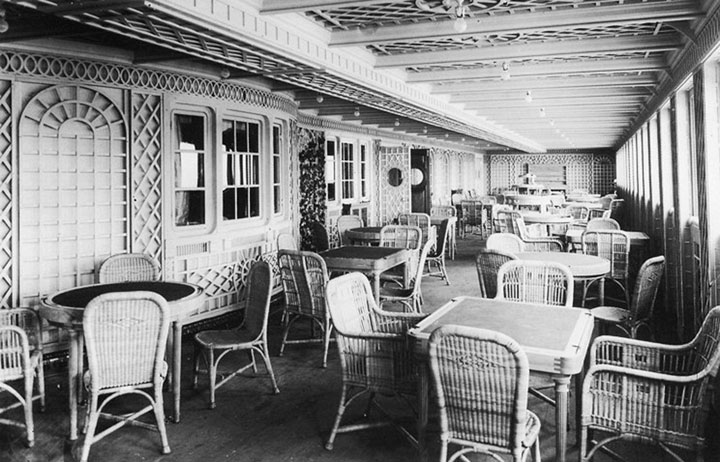 titanic-original-cafe-parisien