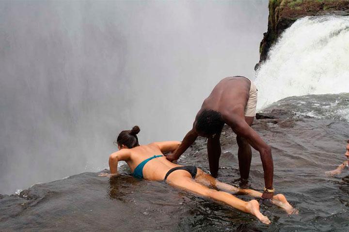 piscina-del-diablo-zambia
