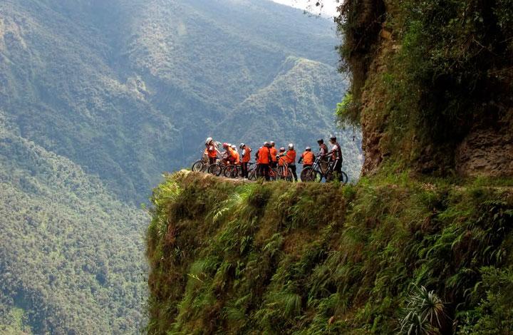carretera-muerte-bolivia-destino-turistico
