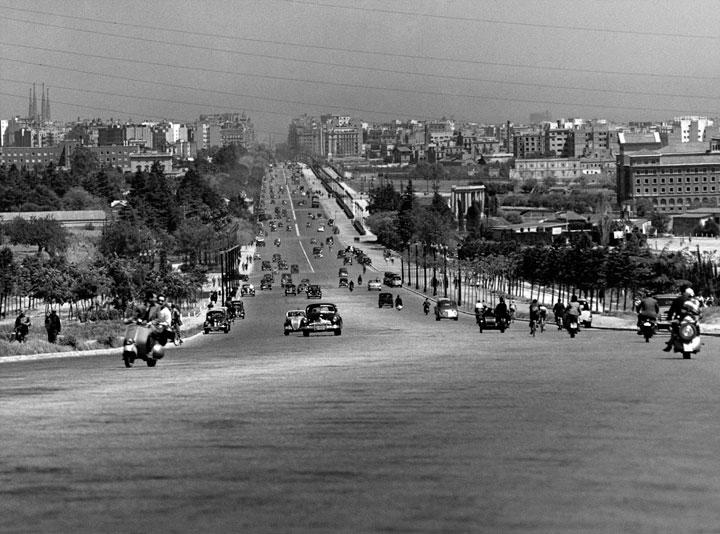 Entrada a Barcelona por la Avenida Diagonal en 1950