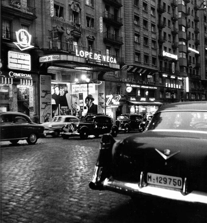 Foto de la Gran Vía de Madrid en los años 50